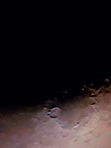 Detalles luna cuarto menguante - a photo on Flickriver