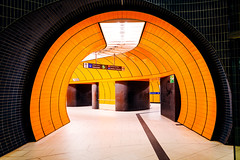 The Orange Gate (_flowtation) Tags: camera light orange lines station architecture underground subway munich mnchen control metro tunnel ubahn architektur florian subwaystation modernarchitecture marienplatz metrostation nsa undergroundstation berwachungskamera leist flowtation florianleist florianleistphotography florianleistfotografie flowtationde florianleistde