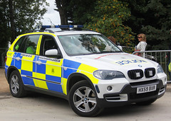 Hampshire Police Roads Policing Unit BMW X5 Traffic Car 4756 - HX59 BXR (IOW 999 Pics) Tags: from uk blue up lights force traffic united police kingdom hampshire vehicles bmw passenger roads thumbs siren unit 999 x5 fend grills sargeant rpu lightbar offs constabulary policing hx59bxr