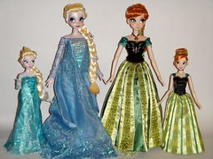 Anna and Elsa Dolls - 12'' and 17'' LE 100 - Group Shot #3 - Full Front View (drj1828) Tags: uk anna classic fashion sisters standing frozen deluxe harrods special sidebyside purchase limitededition elsa disneystore 12inch 17inch snowqueen d23 posable 11inch 2013 dollset deboxed 1112inch le100