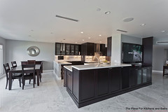 The Place for Kitchens and Baths - Transitional Kitchen (@Elmwoodkitchens) Tags: wood house home kitchen photography design woodwork interiors florida room restoration renovations bocaraton homedecorating renovation interiordesign homedecor inter hgtv houseandhome cabinetry homedesign kitchendesign