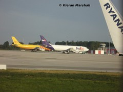 N727FD, Dublin, 16/8/10 (hurricanemk2c) Tags: plane flying aviation planes airbus fedex dublinairport a300 a300600f a300b4622rf n727fd