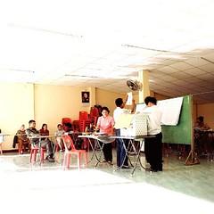 เริ่มนับบัตรเลือกตั้งเป็นคะแนน บัตรดี เบอร์ 15 กับไม่ประสงค์ลงคะแนน พอๆกันเลย ...หน่วยนี้ ผู้มาใช้สิทธิ 69.67%  #RespectMyNoVote  #ReformBeforeElection  #ThailandElection