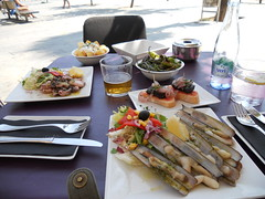 Heaven Before Lunchtime (StationeryExplorer) Tags: barcelona food restaurant nikon tapas s3000 cavamar