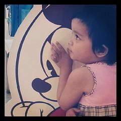หนูชอบมิกกี้เมาส์ @umarin_chom #mynicknameisintra @emmysushimi