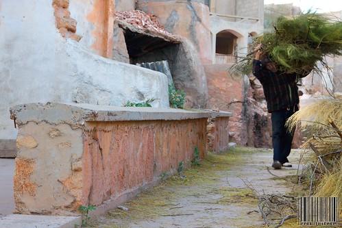الفقر في بلد عربي غني - تصوير وبقلم عبدالعزيز جوهر حيات