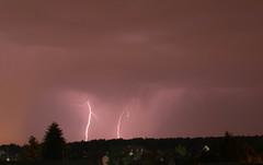Gewitter ber Frankfurt am Main 9.4.2014 (larsauswsw) Tags: deutschland hessen frankfurt blitz gewitter weiterstadt
