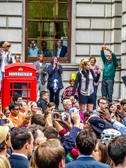 Tour De France London 2014 (Le monde d'aujourd'hui) Tags: england london westminster race cycling crowd july parliament cheers tourdefrance 7th phonebox 2014 redtelephonebox