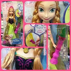 Disney Frozen Color Change Anna Doll พน้อมส่ง  เจ้าหญิงแอนนา ในชุดวันราชินีภิเษก วันแต่งตั้งเอลซ่าเป็นราชินี ไฟฉายเล็กๆ สองตรงกระโปรง สามารถเปลี่ยน ผ้าที่เรียบง่าย กลายเป็นผ้ามีลายสวยงามเลิศหรู ดั่งเวทมนต์  DISNEY FROZEN ราคา นางละ 1,990.00 บาท พิเศษเพียง