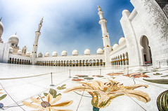 Sheikh Zayed Mosque (Ash if) Tags: sheikhzayedmosque mosque tiles summer august structure clouds blueskies abudhabi