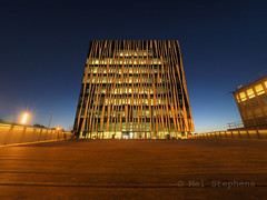 Sir Duncan Rice university library (1M069735 E-M1 7mm iso200 f11 10s) (Mel Stephens) Tags: 20161006 201610 2016 q4 old aberdeen scotland uk structure night nighttime sir duncan rice library le long exposure visions olympus omd em1 m43 microfourthirds mirrorless 714mm pro mzuiko best