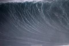 IMG_0999 copy (Aaron Lynton) Tags: peahi jawas jaws surfing surf lyntonproductions lynton big wave xxl wsl canon 7d maui hawaii surfer