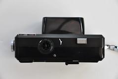 Minolta Autopak 600-X (pho-Tony) Tags: 126 photosofcameras minoltaautopak600x minolta autopak 600x 600 x instamatic 28x28 squareformat rokkor 38mm f28 128 automatic cartridge 126cartridge square