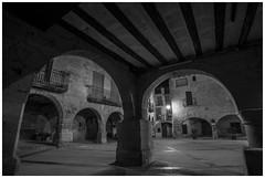 Plaa dHorta de Sant Joan (steelmancat) Tags: bw bn horta sant joan street carrer plaa place square urban rural terra alta catalunya