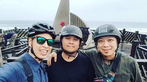 Through Sun, Windows, and Rain, we made it to the Southern most point of Taiwan!