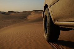 DSC00089 (جزيرة العرب) Tags: 22r disert sand صحراء اثر النفود رمال nex sony 2017 2012 nex5r image cars سيارات