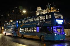 SA15 VTJ, Waverley Bridge, Edinburgh, March 2nd 2016 (Southsea_Matt) Tags: 430 airlink waverleybridge wright streetdeck bus omnibus passenger travel public transport march 2016 spring edinburgh lothian canon 60d 1855mm vehicle lothianbuses scotland sa15vtj route100