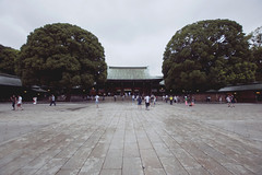 Tokyo - 77 ( CHRISTIAN ) Tags: japon japan asie asia tokyo harajuku temple sanctuaire shrine meiji meijijingu yoyogikoen shinto shintosme religion nikon grandangle wideangle