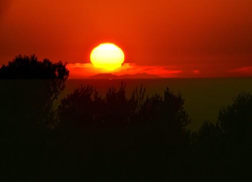 Le Soleil descend sur le Canigou depuis Roquerousse 01 12 2016