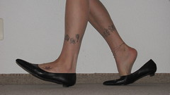 well worn pointy black leather kitten heels, nylons, tattoos and anklet - close up session (Isabelle.Sandrine1998) Tags: elegantsecretary legs feet shoes pumps kitten low heels nylons stockings tattoo anklet dangling shoeplay toes ballet flats leather