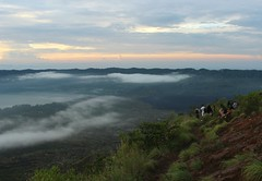 Overlook (richardha101) Tags: bali indonesia asia travel wanderlust hiking hike mountain mount batur nature clouds sky sunrise outdoor