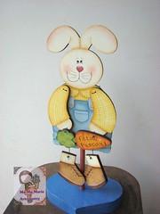 Coelho.... (Ma Ma Marie Artcountry) Tags: coelho pasca pinturacountry easter bunny easterbunny decoraodepscoa mdf pinturacountrypscoa