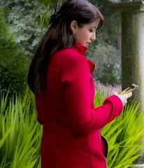 Kate (Gaetano Camiciotto) Tags: portrait red glamour model outdoor fotoamatorigioiesi ritratto fashion