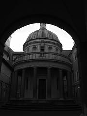 Roma_183_1718 (Dubliner_900) Tags: olympus omdem5markii mzuikodigital17mm118 micro43 roma rome lazio sanpietroinmontorio bw biancoenero monochrome