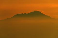 Mountain Viewed From Mount Fuji Sunrise (pokoroto) Tags: mountain viewed from mount fuji sunrise  fujisan yamanashi prefecture   japan 8   hachigatsu hazuki leafmonth 2016 28 summer august