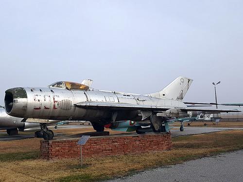506 MiG-19 Krumovo 27-11-16