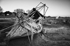 Heswall Shore old timer (jimmedia) Tags: boatrestore