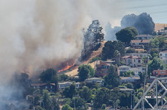 Fire In Crockett (Eric Dugan) Tags: fire vallejo califonia carquinezbridge grassfire glencove contracostacounty crokett ericduganphotography