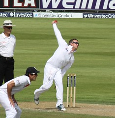 Graeme Swann bowling in the Ashes