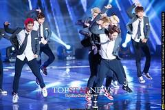 EXO, 12หนุ่มสุดฮอตคอนเฟิร์มบินลัดฟ้าร่วมงาน