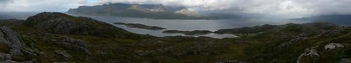 "Panorama mot nord. Foto: Helge Johansen. <a style=""margin-left:10px; font-size:0.8em;"" href=""http://www.flickr.com/photos/110173116@N08/11117769416/"" target=""_blank"">@flickr</a>"