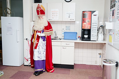 (Peter de Krom) Tags: kitchen coffee sinterklaas machine fist tradition hvh carehome