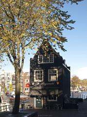 De Sluyswacht (Rick & Bart) Tags: city history café amsterdam architecture thenetherlands historic mokum stad jordaan noordholland rickbart desluyswacht thebestofday gününeniyisi rickvink