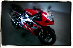 gsxr (_edhz) Tags: road 2002 red white black fun travels long ride brothers country motorcycles system full adventure passion motorcycle k2 trips biker loves suzuki 1000 gsxr superbikes gpr adambikers