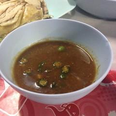 น้ำจิ้มข้าวมันไก่ | Chicken Rice Dipping Sauce @ ข้าวมันไก่สองพี่น้อง | Khao Man Gai Song Pee Nong