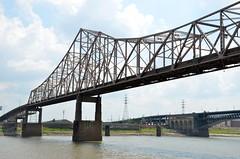 Missississippi River (Adventurer Dustin Holmes) Tags: bridge illinois bridges missouri mississippiriver 2013