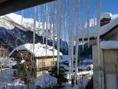 Candele davanti alla finestra (Fabio Riva Valdobbia) Tags: winter snow alps ice riva piemonte neve inverno alpi piedmont ghiaccio valdobbia rivavaldobbia