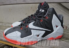 NIKE LEBRON XI MIAMI AWAY PLASTIDIP CUSTOM (sole.brotha) Tags: id first 11 nike sample infrared custom limited dip lebron xi flywire speckles plasti plastidip solebrotha plastidiped armorposite