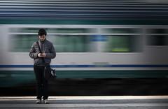 Binario 21 (Salvo.M77) Tags: treno viaggiare mosso stazione salvatoremassaiu canon70d ritratto
