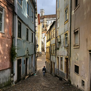 Strolling down the upper streets of Coimbra