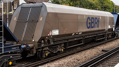 HYA 371109 (JOHN BRACE) Tags: gb railfreight gbrf hya coal hopper 371109 but now been used for aggregates is seen tonbridge station part 1210 colnbrook west yard service waiting reversing train ast 1521
