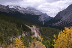 Icefields Parkway (Larry Myhre) Tags: banffnationalpark alberta canada rockymountains icefieldsparkway mountains scenery canadianrockies bcalbertasept2016