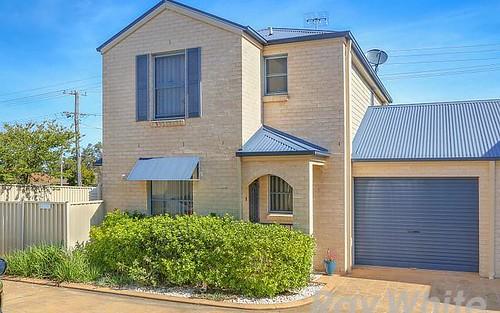 2/1a Dudley Street, Gorokan NSW 2263