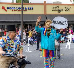 At Least She's Keeping Herself Busy (Non Paratus) Tags: pasadena doodahparade parade crowds people 39th