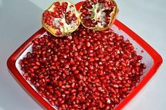 "Magrana ""la superfruita"" (i2) (josepponsibusquet.) Tags: magrana fruita fruta antioxidant salt girons catalunya catalonia catalua gra roig vermell rojo fruitatardor"