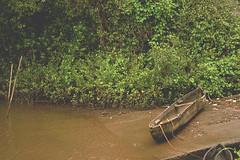 discarded canoe (amanda_fernandes) Tags: goa water discarded